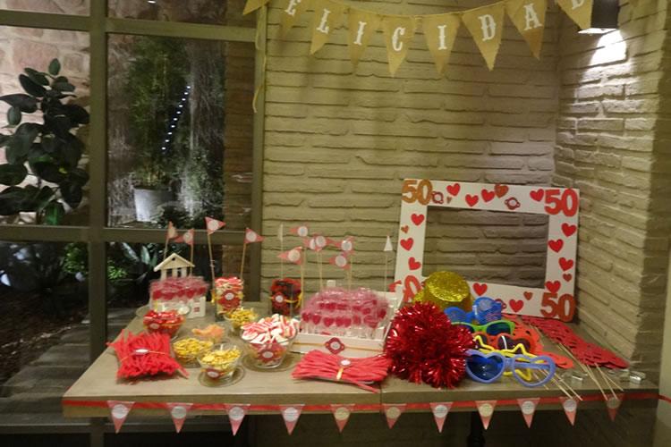 Evento Social celebración 50 años candy bar